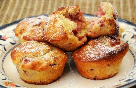 Recipe: Strawberry Muffins