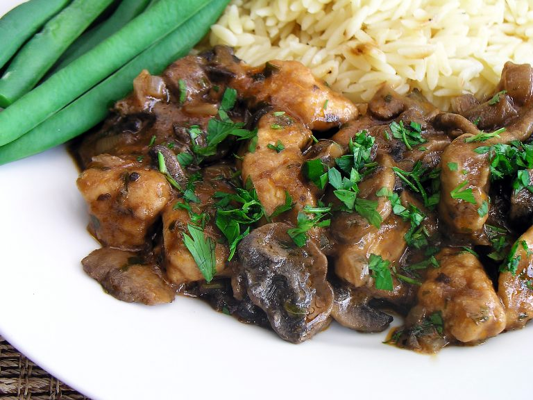 Recipe: Chicken Stroganoff